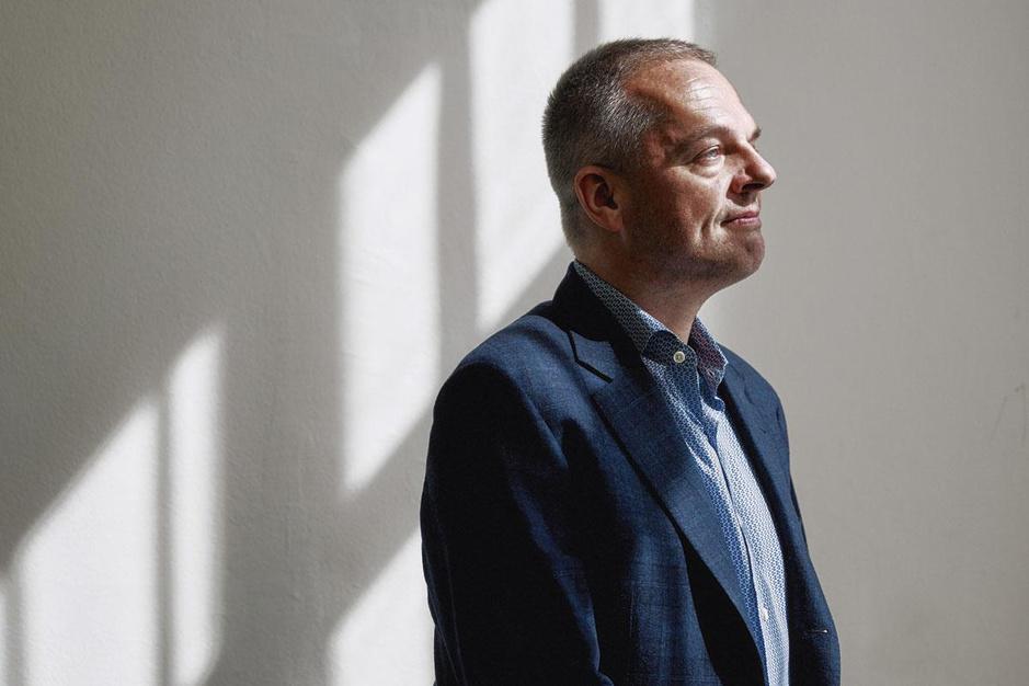 Historicus Walter Scheidel: 'Als je iedereen 1500 euro geeft, los je de ongelijkheid niet op'