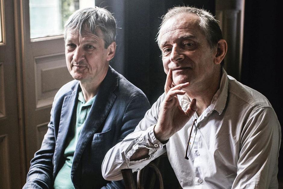 Psycholoog Paul Verhaeghe en schrijver Erwin Mortier: 'We zijn lichamelijke wezens, dat is de essentie'