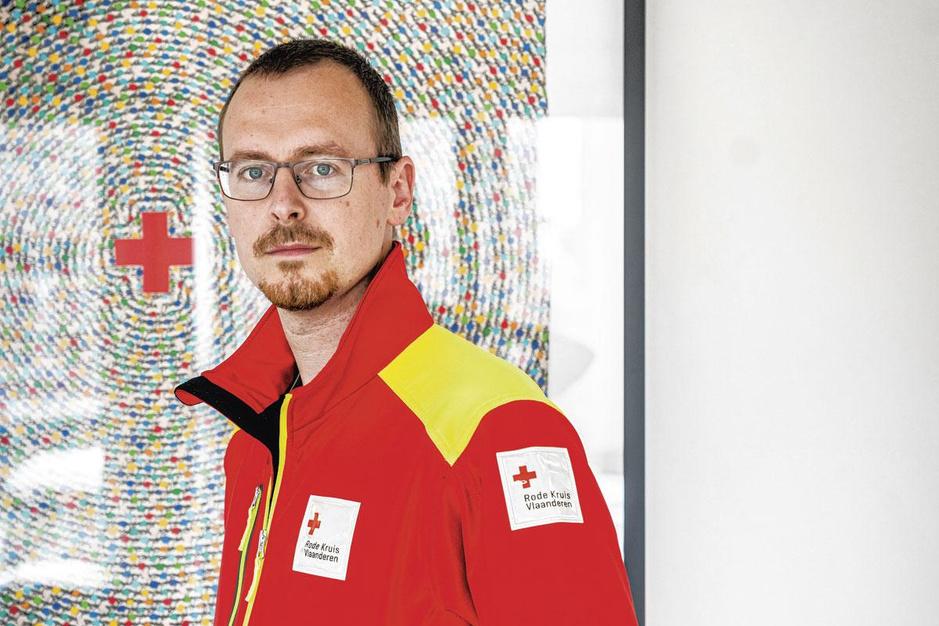 Na de zondvloed, het leven van een Rode Kruisvrijwilliger: 'Ik wilde me niet meer machteloos voelen'