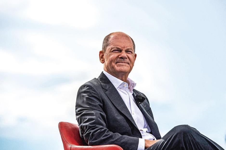 Kandidaat-kanselier Olaf Scholz: 'Angela Merkel heeft met succes de regering geleid'