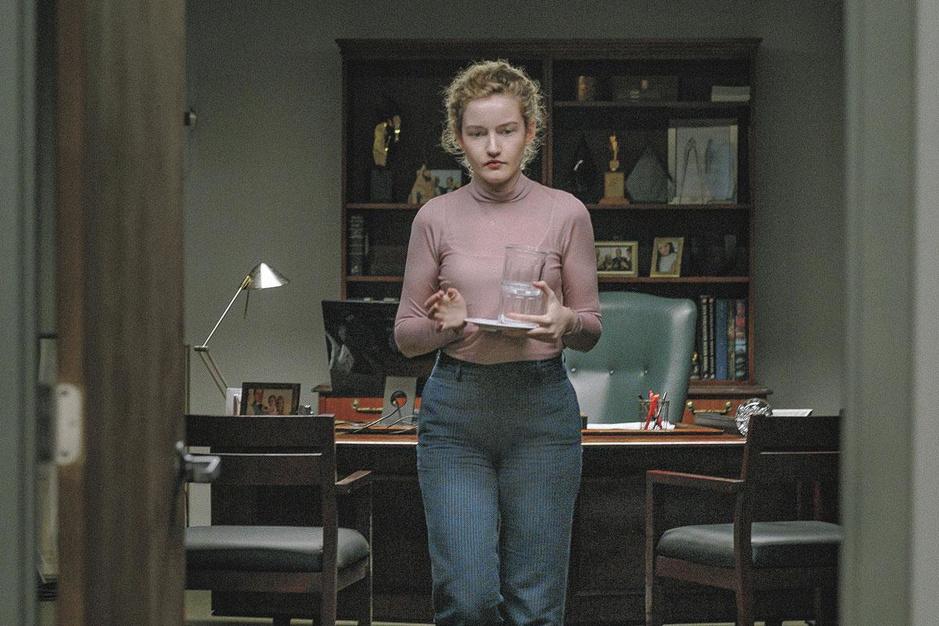 'The Assistant', de MeToo-film die níét om het roofdier in maatpak draait
