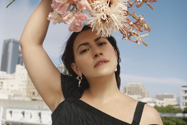 Ontwerper Rejina Pyo in zee met & Other Stories: 'Draagbare mode waar je blij van wordt'
