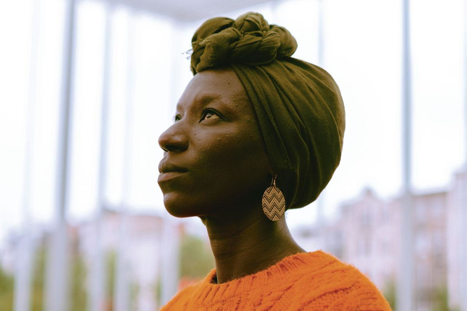 Aïcha Cissé heeft genoeg van clichématige rollen: 'Ik moet op mijn strepen staan'