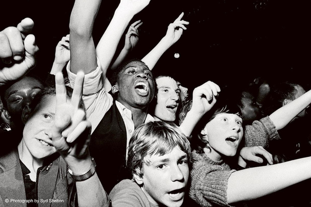 In docu 'White Riot' wordt racisme bestreden met punk, ska en reggae. Up yours!