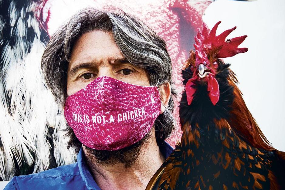 Kunstenaar Koen Vanmechelen over covid-19: 'Wat als er straks een echte killer opduikt?'