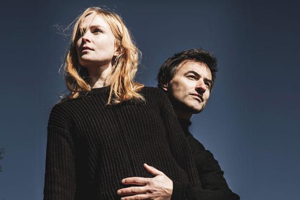 Dimitri Leue en Clara Cleymans brengen 'Nora + Aron': 'Liefdesverhalen zijn altijd nodig'