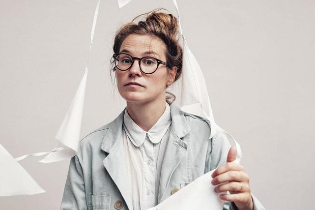 """Regisseur Rebekka de Wit brengt """"De zaak Shell"""": 'We zetten fictie in om de waarheid te tonen'"""