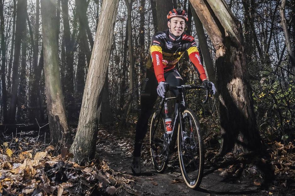 Laurens Sweeck verdedigt zijn titel op het BK Veldrijden: 'Voor mij is minder te weinig'
