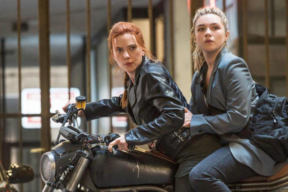 Florence Pugh laat Scarlett Johansson alle hoeken van de kamer zien in 'Black Widow'