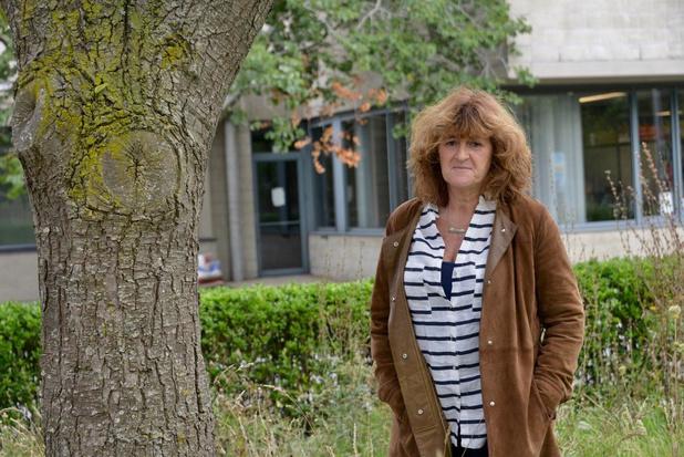 Sabine gidst wandeling voor blinden en slechtzienden in Knokke-Heist