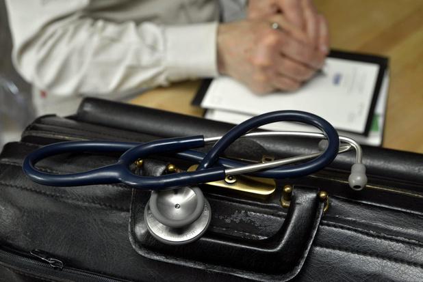 L'Absym partagée sur la suppression éventuelle du certificat de maladie de courte durée