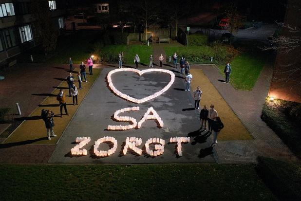 800 kaarsjes zorgen voor licht in Sint-Andriesziekenhuis