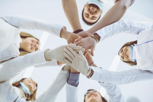 'Help de helpers': nieuw platform koppelt vrijwilligers aan zorginstellingen