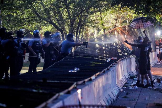 Protesten en rellen dijen uit in VS na sterfgeval door politiegeweld