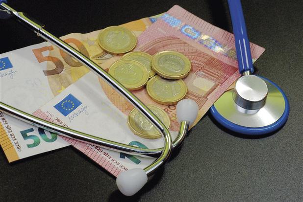 """L'Absym demande d'accorder aux médecins indépendants l'accès au """"droit passerelle"""" doublé"""