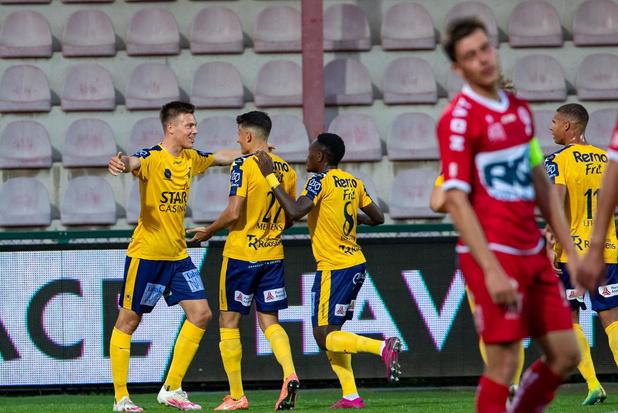 KV Kortrijk verliest verrassend tegen Waasland-Beveren na blunder