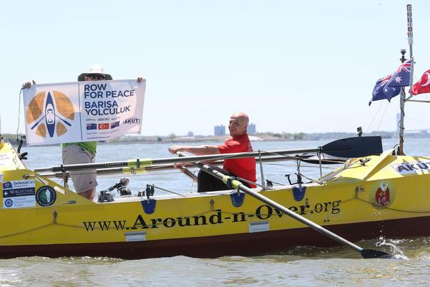 Flashback naar 21 juli 2012: Erden Eruc rondt zijn reis rond de wereld af