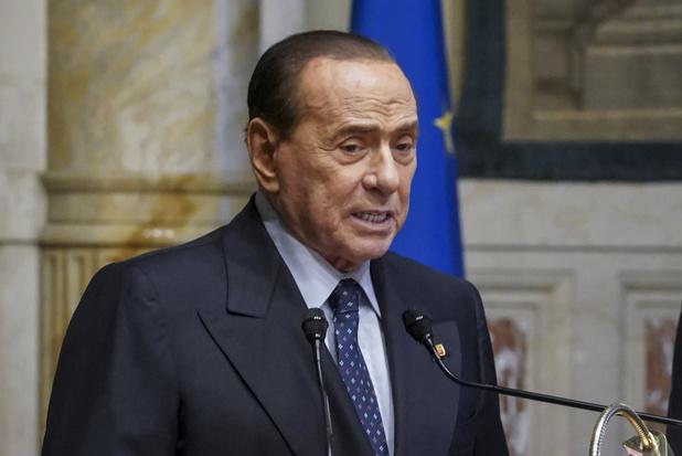 Omkoopproces Berlusconi opnieuw uitgesteld om gezondheidsredenen