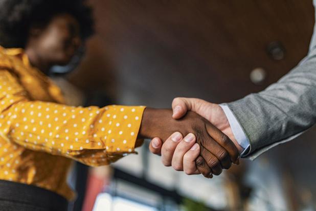 Slimme onderhandelaars, bloeiende bedrijven: 4 sleutels voor een goede deal