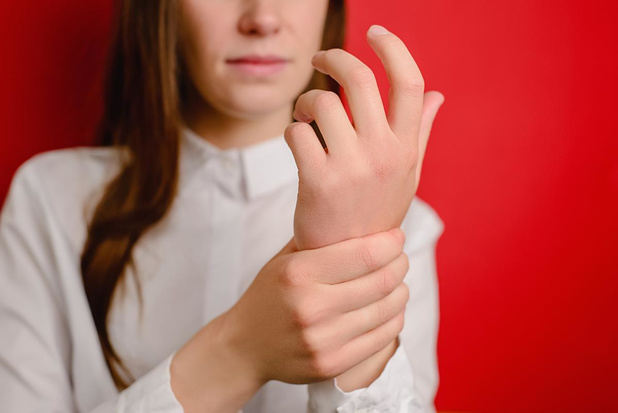 Een tintelend gevoel in handen of voeten? Dit kan de oorzaak zijn
