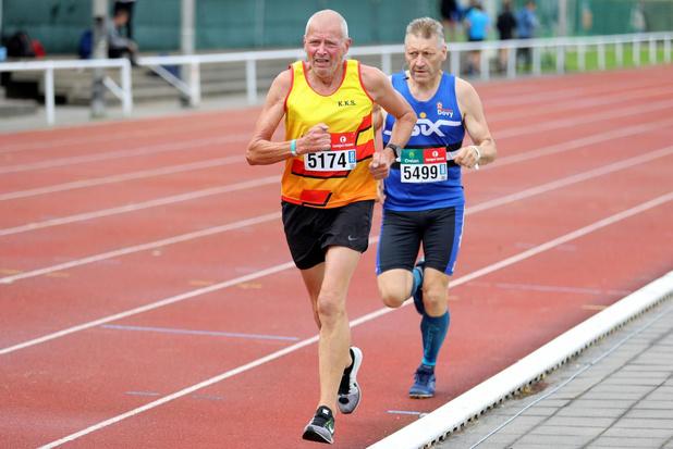 Dirk Beeuwsaert pakt Belgische titel 10 km op de weg