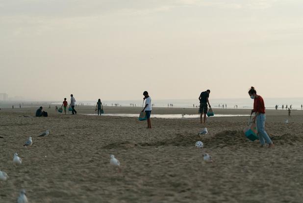 Proper Strand Lopers en Deliveroo tellen af naar World CleanUp Day