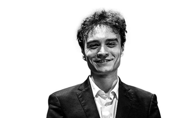 Jonathan Fournel - Pianist speelt eerste viool