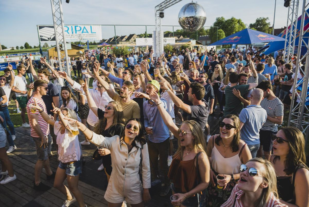 Voetbaltornooi en muziekfestival Festival 4 Friends in Lauwe kiest MFC Gentbrugge als goed doel