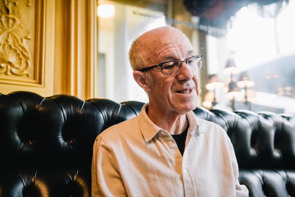 """Raymond (70) verrassend openhartig over de liefde: """"Je moet leren zwijgen"""""""