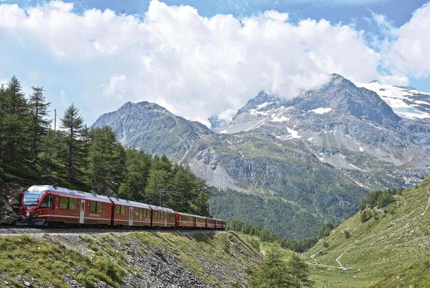 Trein der traagheid door de Alpen