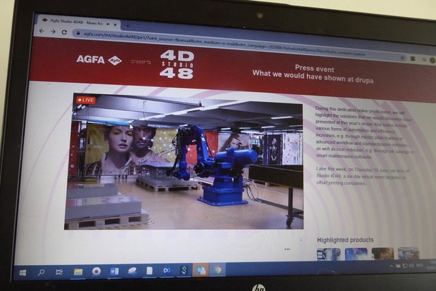 Agfa: platen laden met een robot