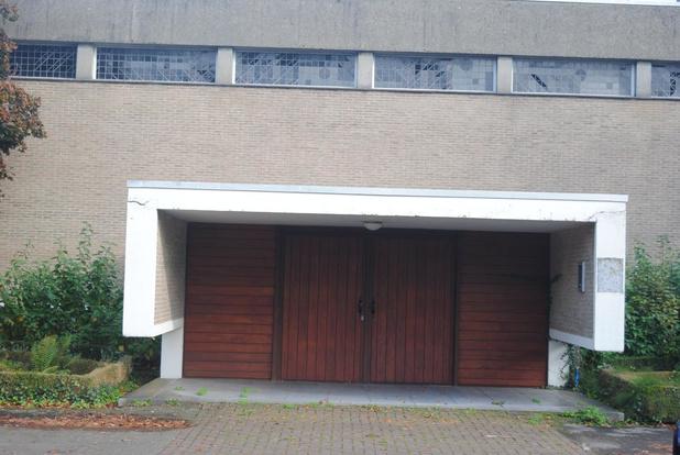 Voormalige kerk in Sint-Kruis wordt sportzaal