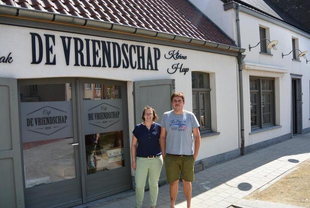 Café De Vriendschap heropent na zware waterschade