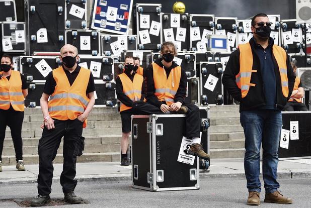 Artiesten vallen buiten coronapakket