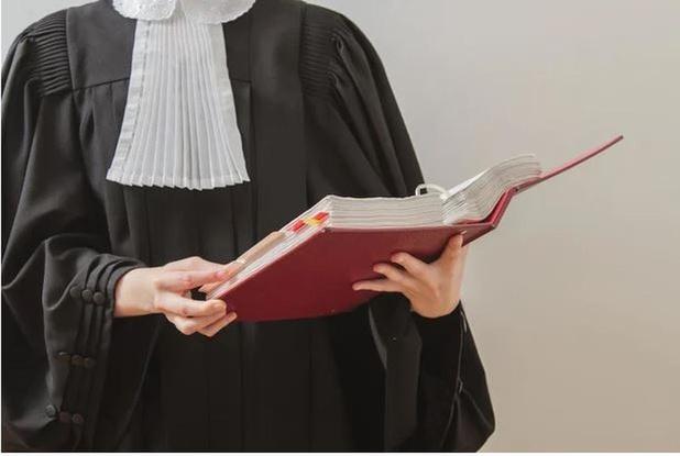 Ex-kelner Oesterput die uit de kassa stal vraagt opschorting van straf