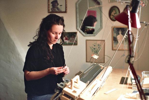 """Brugse Mathilde Vandenbussche (28) start breiatelier op: """"Ik droomde al heel langvan een eigen studio"""""""