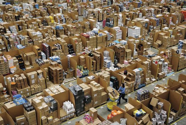 Les employés d'Amazon concluent un vote historique pour créer un syndicat