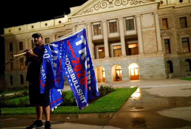 Topbestuurder in Amerikaanse staat Arizona ziet geen tekenen van verkiezingsfraude