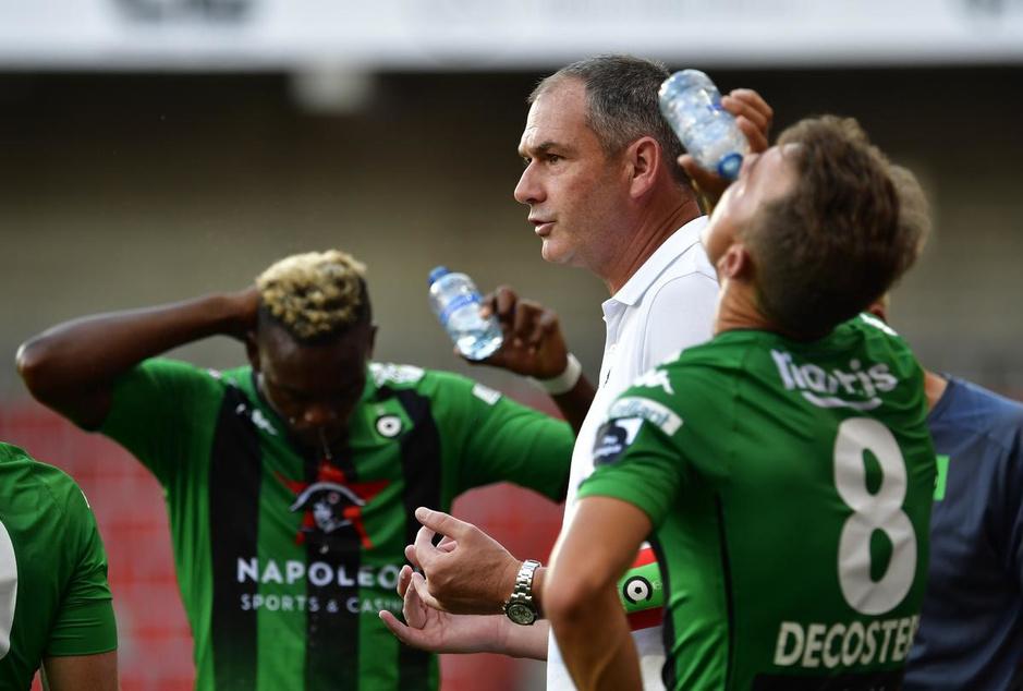 "Cercle-coach Paul Clement: ""Mourinho stuurde me al een sms'je 'good luck, my friend!'"""