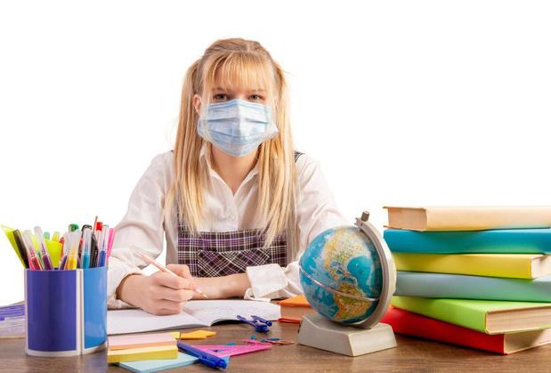 """""""Les écoles doivent pouvoir rouvrir à 100%"""", selon la Task force pédiatrique"""