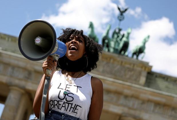 In heel de wereld betogingen tegen politiegeweld na dood George Floyd
