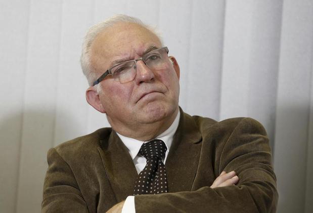 Christian Decoster, 69 ans, appelé au secours du SPF Santé publique