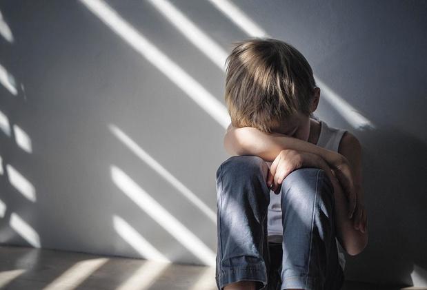 Kindermishandeling leren herkennen en aanpakken