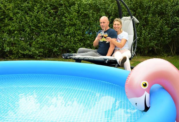 """Staycation voor Marc De Langhe en Sandra De Paepe: """"Vakantie in eigen tuin hoeft nu ook weer niet élke zomer"""""""
