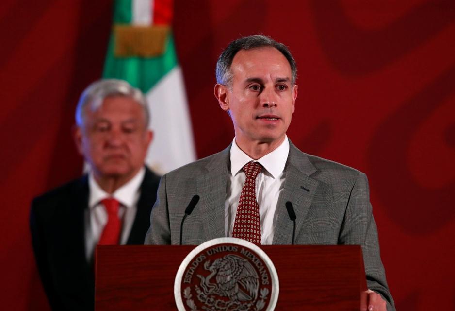 Mexicaanse overheidsviroloog blijft tegendraads terwijl corona piekt