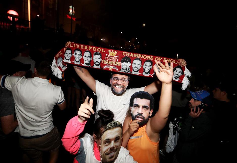 Liverpool feest na dertig jaar droogte