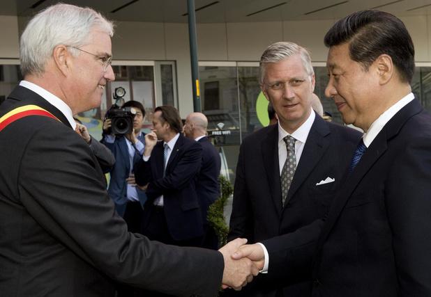 Chinese vrienden van de gouverneur schenken 140.000 mondmaskers