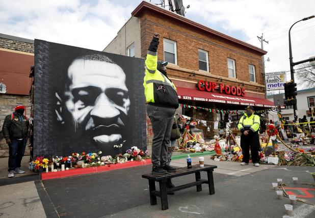 Dood George Floyd: agenten ook aangeklaagd wegens schenden burgerrechten