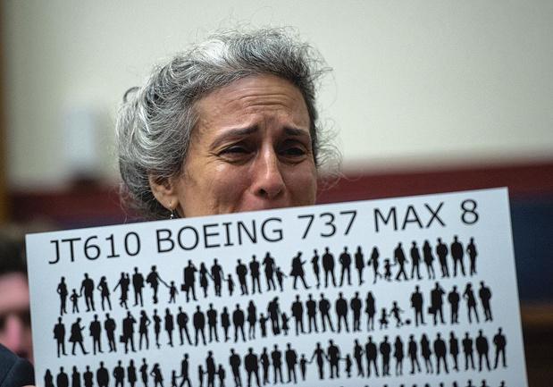 Aéronautique: Boeing accusé
