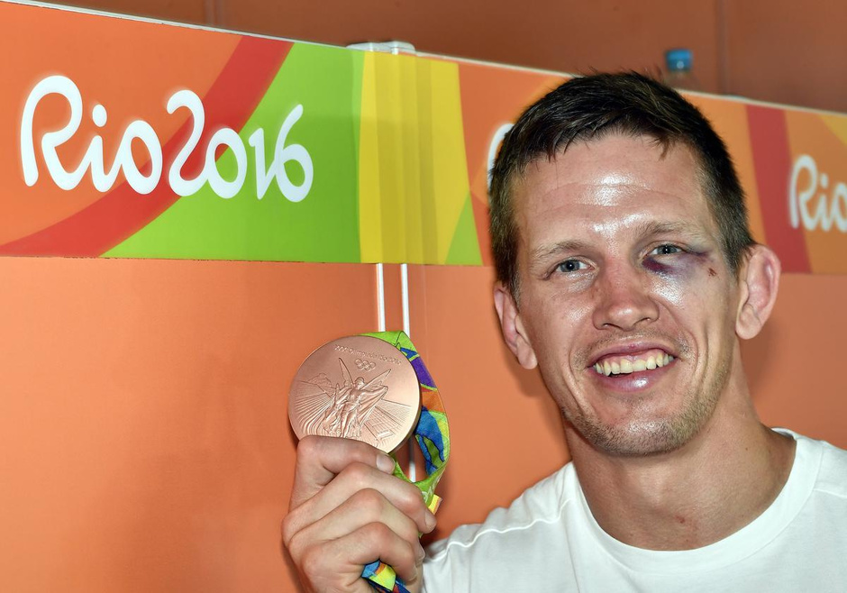 Dirk Van Tichelt: los in de kop en fighten